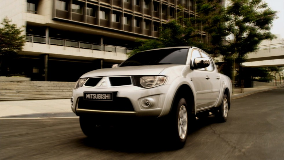 L200 [Director's Edition]