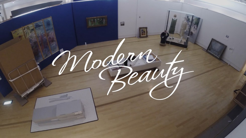 Modern Beauty – Exhibition build time-lapse